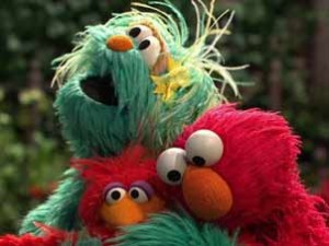 Sesame.Street.Elmo.Finds.A.Baby.Bird