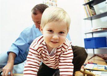 کودک در 4 سالگی واقع بین تر می شود