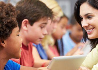 ویژگی های معلم خصوصی زبان کودک